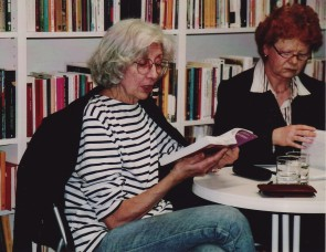 Maria Isabel Barreno (li.) und Renate Heß